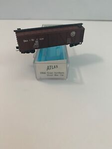 Atlas #2366 N Scale, Great Northern 40' Wood Sheathed Box Car
