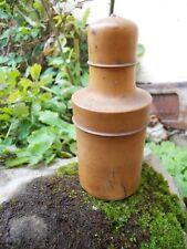 Ancienne boite en buis forme bouteille époque XIXe