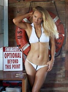 BEAUTIFUL TENNIS SUPERSTAR CAROLINE WOZNIACKI  8X10 PHOTO W/BORDERS