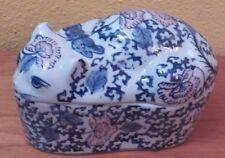 Chinese Porcelain Cat Storage Box EUC