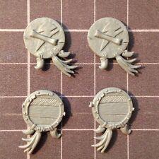 Gli Orchi & Goblin-Goblin Regiment SCUDO (A) x 4-WARHAMMER (non verniciate) GW Bitz