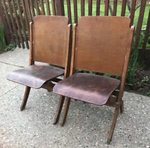 Set of 2 VTG Antique Wood Folding Chair Vintage Country French Theater Seating