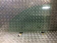 MITSUBISHI L200 2.5 DI-D Front Door Glass Left N/S MN117597 / 5706A425  5706A779