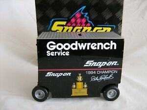 RCCA Snap On 1994 Dale Earnhardt GM Goodwrench 1994 Champion Pit Wagon 1/16 NIB