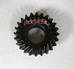 New Milling Machine Accessories B15 Umbrella Gear Reverse Feed Helical Gear 1pcs