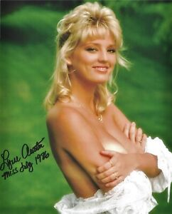 LYNNE AUSTIN 07/1986 PLAYBOY PLAYMATE SEXY SIGNED PHOTO  (IN3)