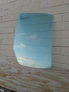 2007 - 2013 MERCEDES SPRINTER 2500 FRONT RIGHT PASSENGER SIDE WINDOW GLASS OEM