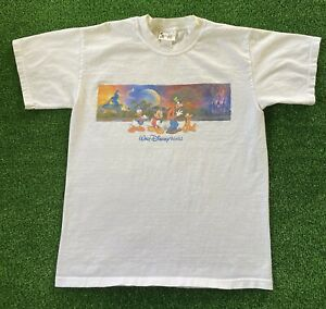 VTG Mickey Fantasia Walt Disney World Epcot Castle Pluto Goofy T-Shirt 90s