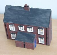 Detailed Model Railway Low Relief House HO / OO New 02