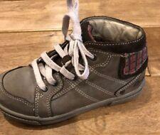 ~CLARKS~ Boys Boots Gray Leather Plaid Laces Ankle Sz 11 M/W