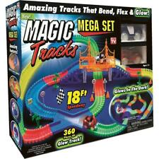 MAGIC TRACKS Glow in the Dark LED LIGHT UP RACE CAR Bend Flex AS SEEN ON TV 2017