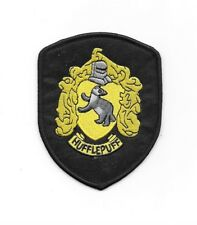 HARRY POTTER House of HUFFLEPUFF Robe Logo Embroidered Patch NEW Iron-on