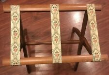 Scheibe Wood Luggage Stand Suitcase Rack Tapestry Straps