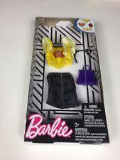 2018 Barbie Doll DC Comics Super Hero Bat Girl  4 pc Fashion Pack