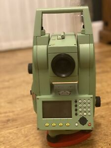 Leica TCR805 Power  Total station