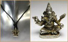 Halskette Ganesha Buddha Anhänger sitzend Silberoptik Lederband spirituell NEU!!