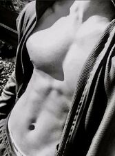 Shirtless Male Muscular Hunk Close Up Chest Abs Black and White PHOTO 4X6 D613