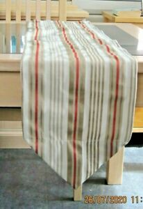 CREAM / BEIGE AND CORAL STRIPES DESIGN TABLE RUNNER