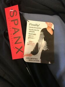 NWT SPANX Cinch It Hoodie Jacket Yoga Exercise 1219 Black Small Slimming R.$148