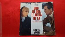 Disco 45 giri -  ORNELLA VANONI - Uno di qua l altra di la - colonna sonora -'70