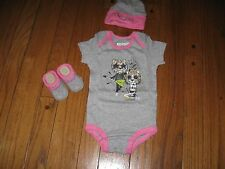 CONVERSE All Star Baby Girl's TIGER ROCKER Bodysuit Bootie Cap (0-6 month) Boxed