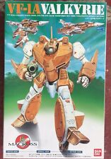 NEW IN BOX VALKYRIE VF-1A ROBOTECH MACROSS MODEL KIT BANDAI 1990 1/72 VINTAGE >