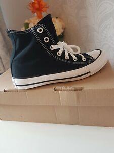 converse  chuck taylor size 5 high tops black