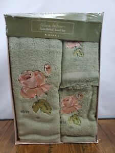 Cheri Blum Rose Floral Embellished Bath Towel Set Avanti