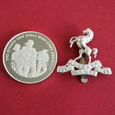 La ROYAL West Kent Regiment 45 mm MARCHIATO ARGENTO PROOF MEDAGLIA e Insignia Set