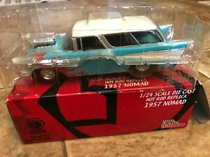 Racing Champions 2002 Matco Tools 1957 NOMAD Limited Edition Car 1:24 Scale
