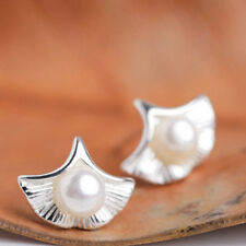 Temperament Apricot Leaf Shell Shape Simulation Pearl Earrings Jewelry D