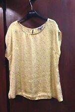 Evie Silky top size 16 sleeveless gold black & White