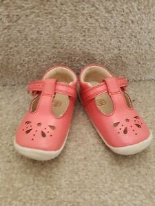 Girls Baby Clarks First Shoes Size 3.5 G, Excellent Condition, hardly worn.