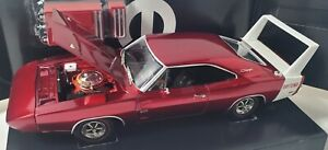 ERTL 1/18 1969 DODGE DAYTONA CANDY APPLE RED  - 1 OF 500 with tool box