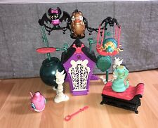 La crypte Creepers MONSTER HIGH avec 5 animaux Supplémentaires