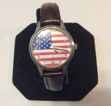 Collectible American Flag watch,some wear/age,patriotic ready to wear       M628