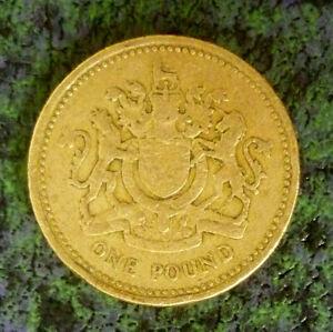 United Kingdom £1 Pound 1983 'Royal Coat Of Arms' 'Nice Details'.