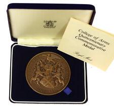 Colegio de Armas Quinto Centenario Medalla 1484-1984 ~ Royal Mint ~ Bronce, entubado + certificado De Autenticidad