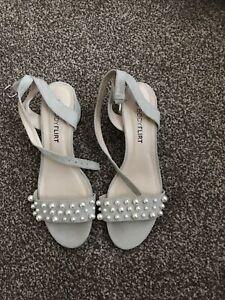 Bodyflirt Ladies Size 38 (5) Fantastic Design Sandals Great For A Wedding