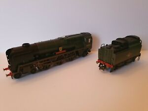 Hornby R2584 Rebuilt West Country 34003 Plymouth, DCC Ready, weathered, 00 gauge