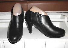 LNC* Sz 7 CYNTHIA ROWLEY Lovebird; Black Leather Platform High Heel Bootie Shoe