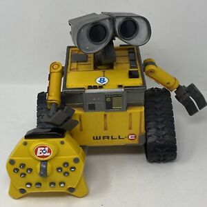 Wall-E Remote Control Robot w/ Remote Disney Pixar Thinkway Toys TESTED GREAT