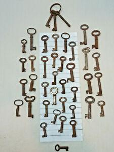 Collection of Antique Vintage Keys Job Lot Clock House Cabinet Boxes (27)