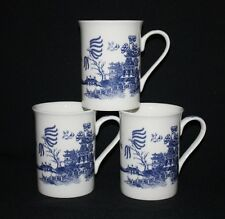 FINE BONE CHINA SET OF 6 BLUE WILLOW  PATERN STYLE  BEAKERS  MUGS  CUP GIFT SET