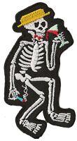 Patch écusson patche Drinking Skeleton thermocollant hotfix DIY brodé