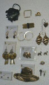 Modeschmuck zum Minipreis ! Ohrringe ,Anstecknadeln/Pins,Broschen u.mehr ! Set 3