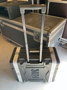 """Gator GRR-4L 19"""" Rack Hartschalencase 4HE mit Trolley Double Door"""