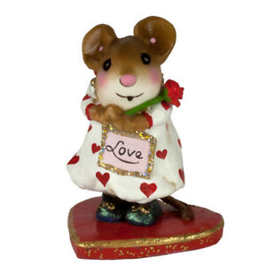 Wee Forest Folk Miniature Figurine M-634 - Loving You!