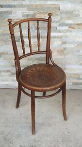 Set of 2 Antique Mundus chairs