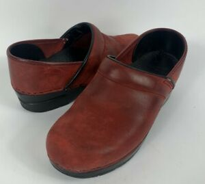 DANSKO Mahogany Red Suede Leather Clogs Shoes Slip on Size 38 / US 7.5